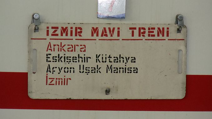 izmir blue train coming to ankaraya