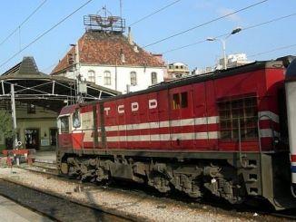 Sad Vijesti za jezera Express vlak letova