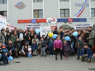 izban and subway workers made a yearly event in the strike area 1