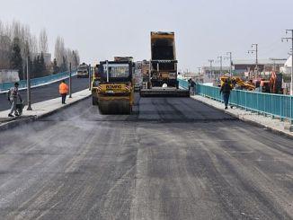 salihlide koprulu kavsaga asfalt atiliyor
