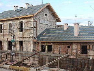 Идет восстановление исторического железнодорожного вокзала Бандермы