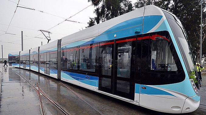 आज तारीख 26 श्रेणी 2016 izmir कार्सियाक ट्राम