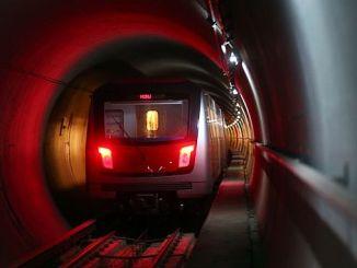dangerous moments in ankara subway