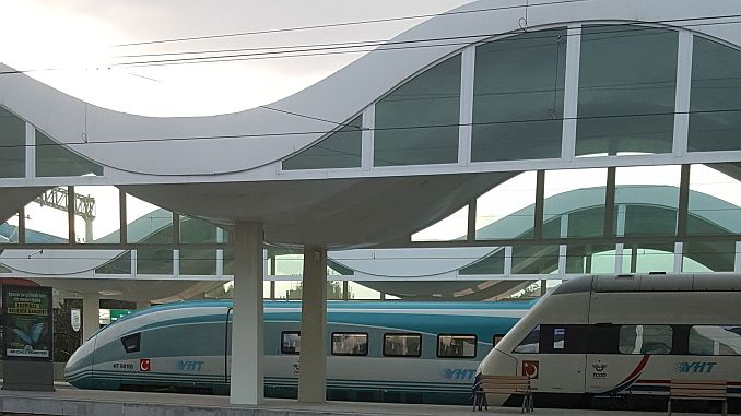 tcddyi high speed train carpti 2