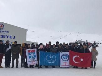 aydinli junge Leute nahmen an der Veranstaltung teil