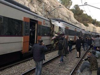 1 100 ранил два поезда