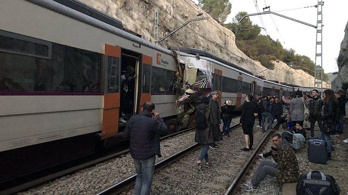 1 100 verwundete zwei Züge