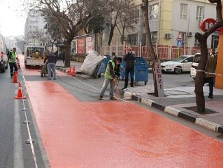 izmir caddesi pazar trafige kapali