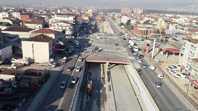kosekoy kavsaginda asfalt serimi basladi