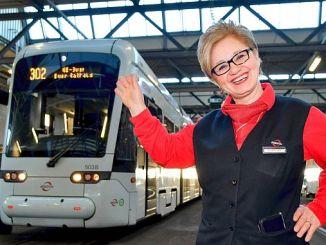 Hanife Derici Ayas, Deutschlands erste Frau, ist im Ruhestand