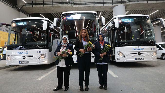 stewardess ontmoet vrouwen