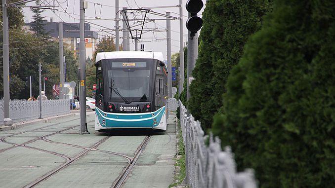 Куруцесме долази до линије метроа