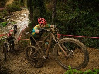 Bicicleta de montaña internacional medio final