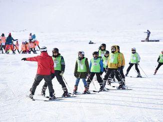 spor as bin cocuga gave training in skiing and snowboarding