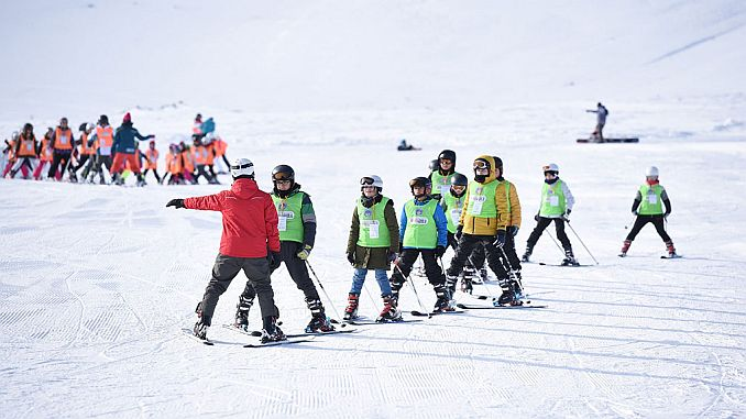 spor as bin cocuga gave training in skiing and snowboarding