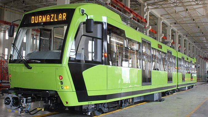 turkiyenin أول ضوء توقف السيارة السكك الحديدية مع مدينة خضراء المحلية والوطنية