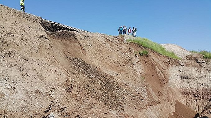 slip on the railroad of diyarbakir batman