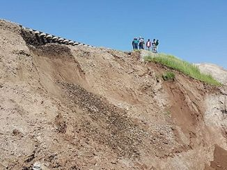 diyarbakir batman demiryolunda kayma meydana geldi
