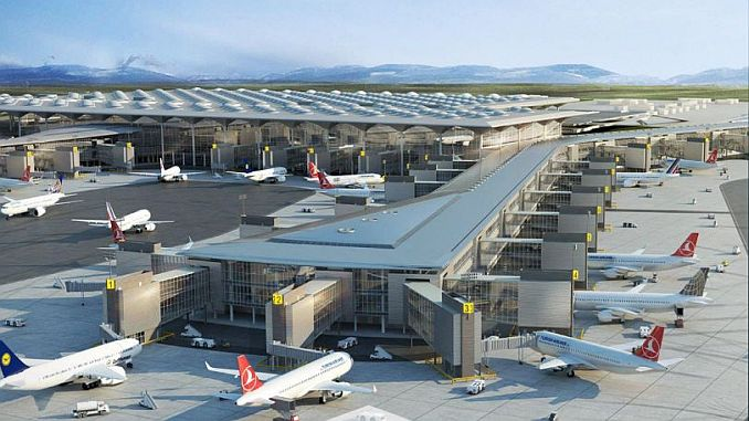 Aeropuerto de Estambul asesoramiento desde británicos a ciudadanos.
