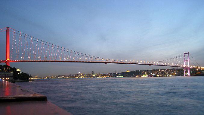 جاء الفنانين إلى الجسر لالغاء العفو بيع عقوبة