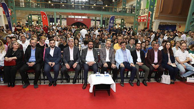 turkish airlines science expo binin uzerinde ziyaretci agirladi