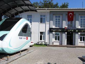 TÜVASAŞ turkiyenin duży zakład przemysłowy między wejściem
