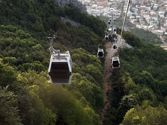 uludag cable car service interrupted due to maintenance