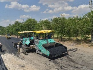 Hiljadu tona Hot Asphalt to Old Mardin i Siverek Road
