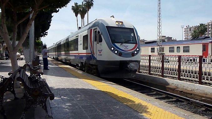 Adana Mersin tåg timmar och biljett erbjudanden