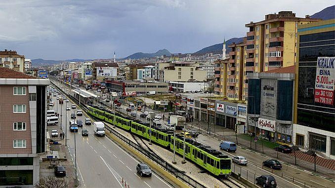 использовать железнодорожную систему в городском транспорте, чтобы решить движение Бурса