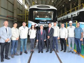 governor visit to sakarya hyundai eurotem factory from nayir
