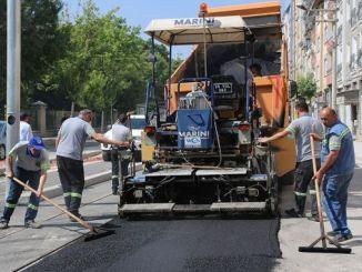 eskisehirin yeni tramvay hatlarinda asfalt calismalari devam ediyor