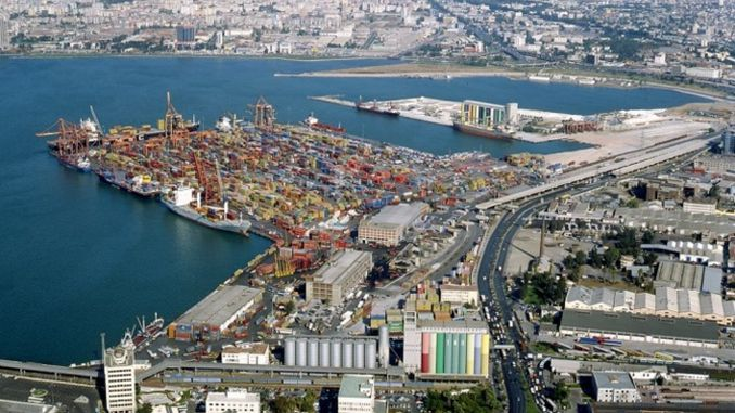 Concreting works in various parts of Izmir port areas as a result of the tender