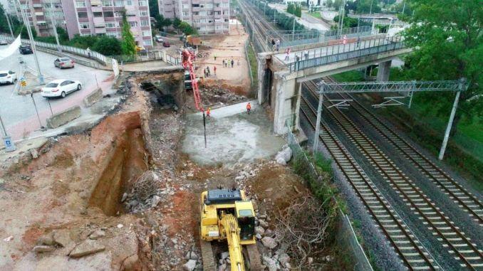 нови рад подземне жељезнице почео је на трамвајској прузи