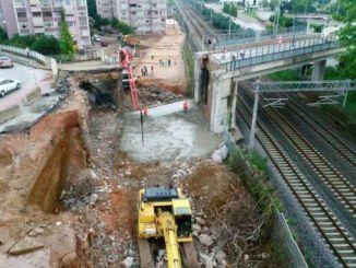 новая линия метро началась на трамвайной линии