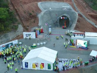 morogoro makutupora vasúti projekt alagút ünnepségre