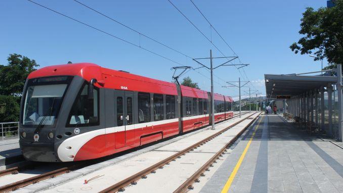 трамвайът на кампуса omu започва в петък