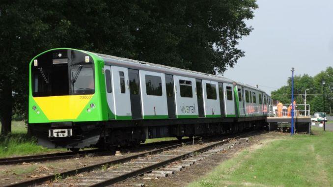 vivarail aculu railway wins environmental award