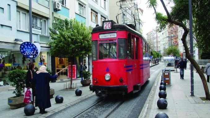 bidaian historian Istanbuleko moda tranbia