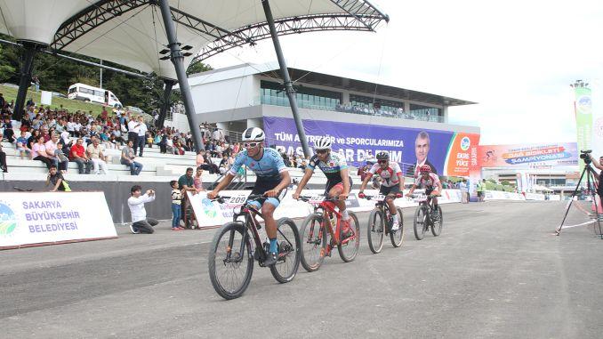 טורקיה הייתה עוצרת נשימה באליפות אופני הרים
