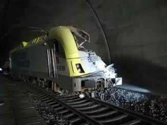 bilecikte tren kazasi makinist hayatini kaybetti