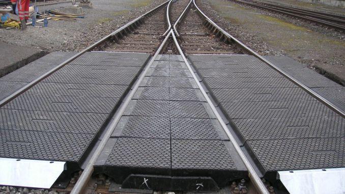 cakmak ulukisla μεταξύ των σταθμών στο επίπεδο διέλευσης της επίστρωσης από καουτσούκ ως αποτέλεσμα του διαγωνισμού