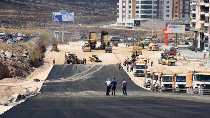 trabajos de pavimentación de asfalto comenzaron en la unión ágil