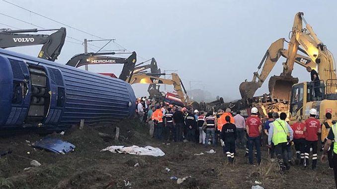 corlu залізниця катастрофа magduru akturkun лише запитувати протез руку