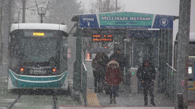 el invierno comienza en el transporte público