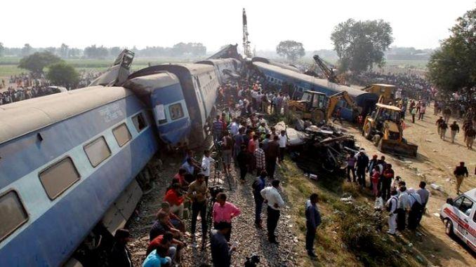 bent jau traukinio avarija kongo