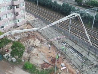 kurucesme tramvay hattinda ray betonlari dokuluyor