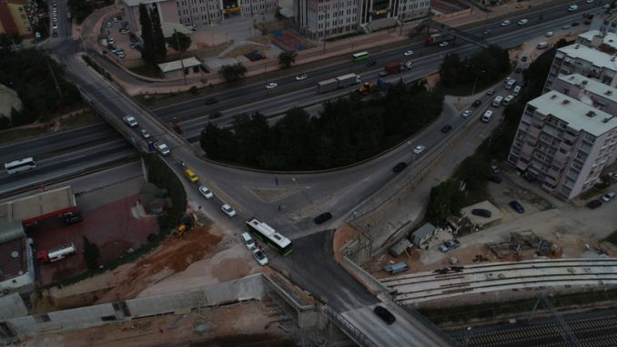 intersección mevlana se abrió de nuevo el tráfico