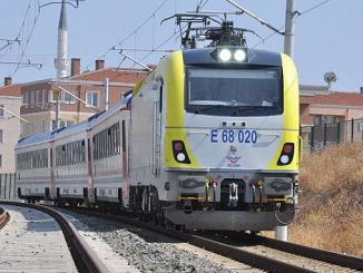 Der Adapazari-Zug sollte nach Haydarpasaya fahren