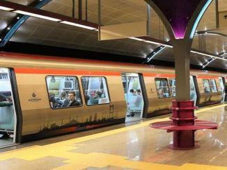 Metro hegaldiak Istanbulen luzatu ziren Errepublikaren Eguna zela eta